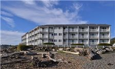 Beachfront Inn - Brookings, Oregon