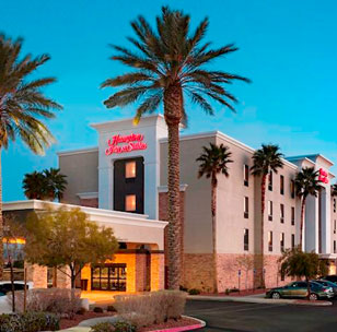 Hampton Inn & Suites - Red Rock