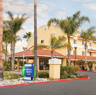 Holiday Inn Express & Suites Escondido / Wild Animal Park